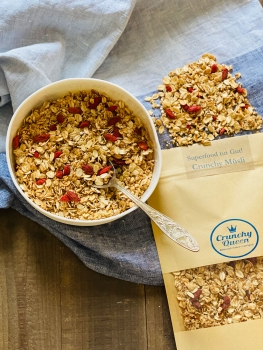 Superfood is good for you! Crunchy Granola